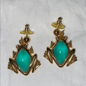 Avon earrings green frog